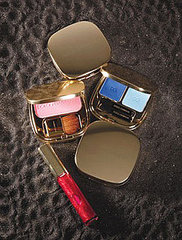 5770811eea541146_dolce-and-gabbana-makeuplarger